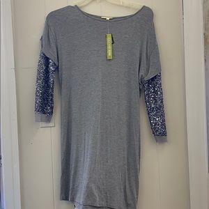 Gianni Bini Long silver blouse size small